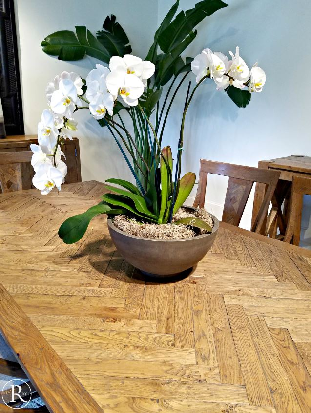Herringbone tabletop trends